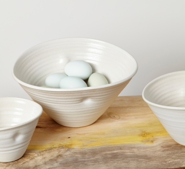 Eggs in bowls 72